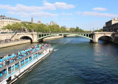 Croisière sur la Seine– La Seine, principale avenue de Paris