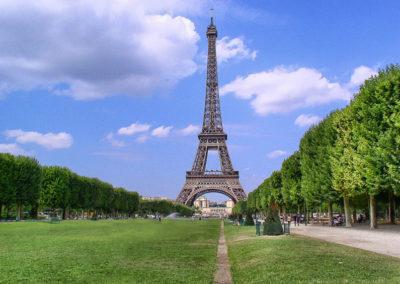 La tour Eiffel– Un phare sur la ville