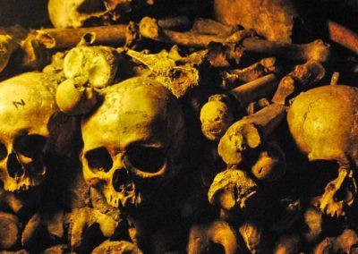 Le Paris sombre – Les Catacombes et le Manoir de Paris